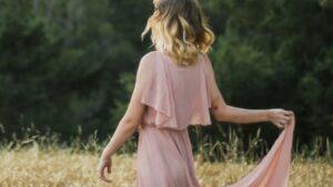 【画像】こんな可愛い女の子が脱いでるという現実wwww